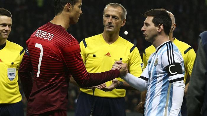 Nilai Kontrak Sepatu Cristiano Ronaldo dan Lionel Messi, Siapa yang Lebih Besar Secara Nominal?