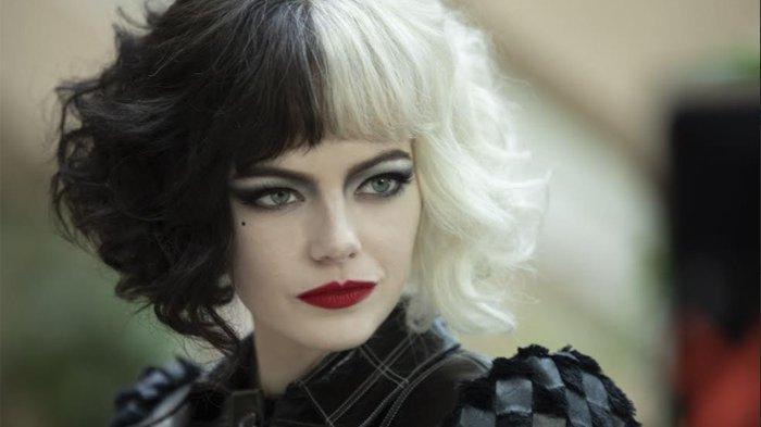 Emma Stone pemeran Cruella