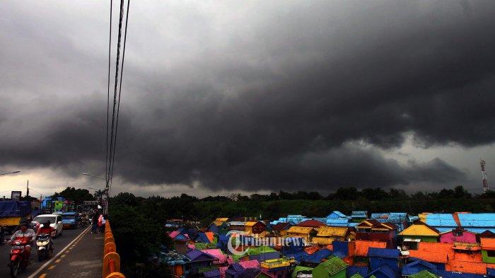 Berikut Daftar Wilayah Diprakirakan Dilanda Cuaca Ekstrem Hingga Tips dari BMKG Hindari Petir
