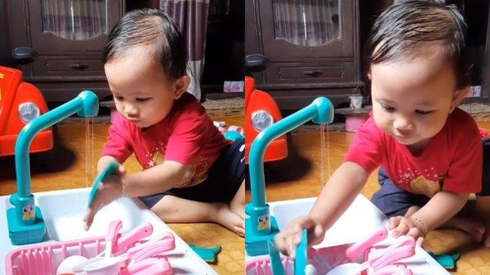 Viral Video Anak Kecil Bermain Cuci Piring, Ternyata Terlihat Mahir karena Sering Bantu sang Ibu
