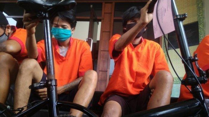 Pria di Palembang Nekat Panjat Dinding Rumah Warga dan Curi Sepeda Lipat: Anak Saya 5 Butuh Makan