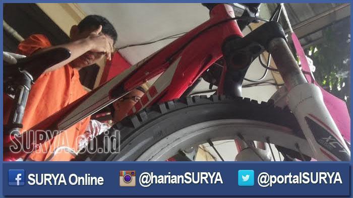 Usai Salat Subuh, Pria di Bekasi Curi Sepeda Jamaah yang Diparkir di Halaman Masjid