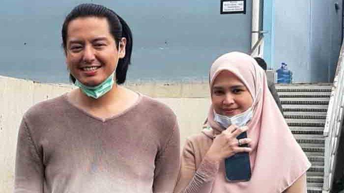 Cut Meyriska dan Roger Danuarta, saat ditemui di gedung Trans TV, Jalan Kapten Tendean, Mampang Prapatan, Jakarta Selatan, Rabu (3/2/2021).