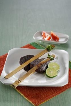 Keluak Bumbu Rawon Itu Sedap Juga Dipakai Buat Membumbui Daging Japit, Ini Resepnya