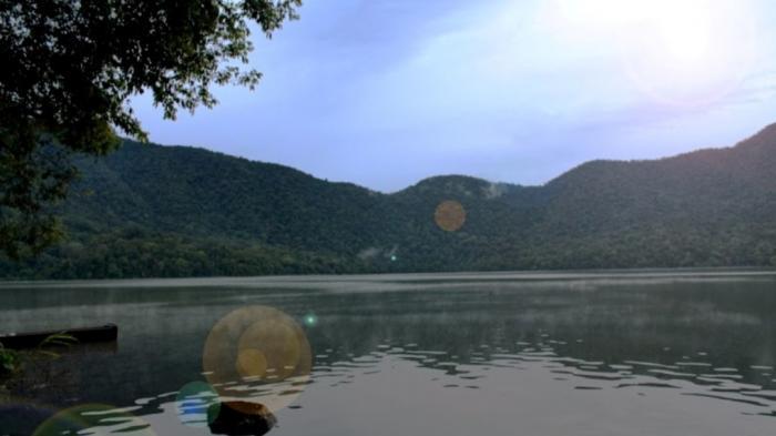 Depati Empat Jambi, Danau Cantik di Ketinggian 1.200 Mdpl, Mirip Danau di Gunung Semeru