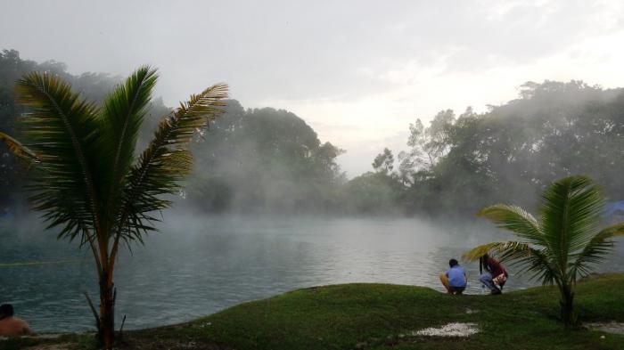 Danau Linting, Deliserdang: Anda Bisa Berendam Air Hangat Tanpa Terganggu Bau Belerang