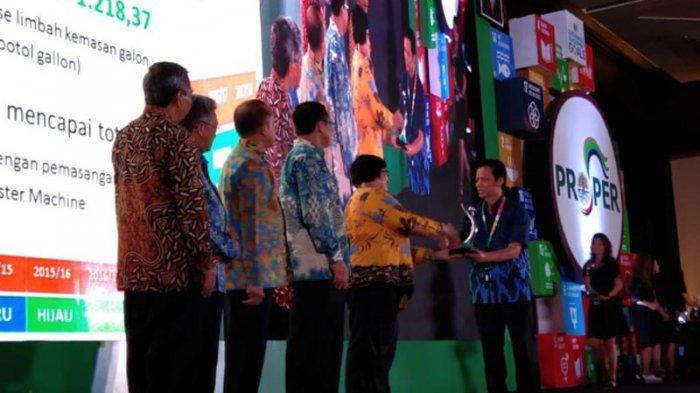Enam Pabrik Danone-AQUA Raih Penghargaan Proper Hijau dari KLHK