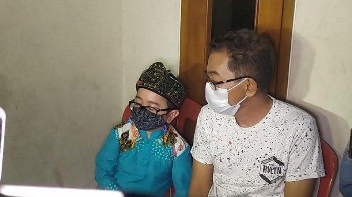 Melayat ke Rumah Duka, Daus Mini dan Jarwo Kuwat Terkenang Sapri Pantun
