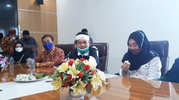 Damaikan Pertikaian Ibu dan Anak di Demak, Dedi Mulyadi Janjikan Beasiswa Agesti Hingga S3 Doktor