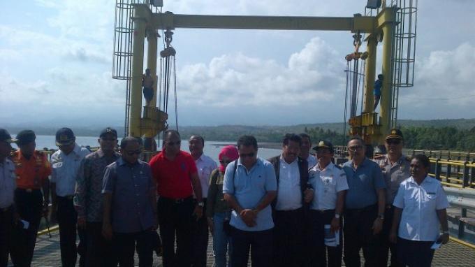 Anggaran Pembangunan Sudah Cair, Komisi V Tinjau Waduk dan Pelabuhan di Kabupaten Ngada