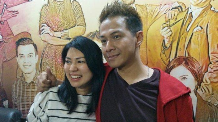 Delon Thamrin dan pacar barunya, Aida Chandra