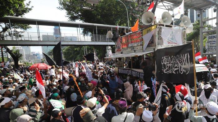 Orasi Emak-emak di Aksi 212, Tuntut Pemerintah Tuntaskan Berbagai Kasus Korupsi