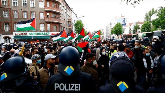 Aksi Demo Kecam Serangan Brutal Israel Meluas di Banyak Negara, di Berlin Diikuti Ribuan Orang
