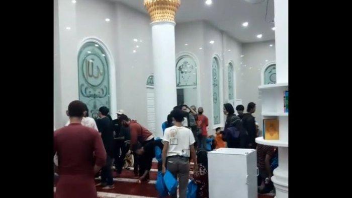Fakta di Balik Video Viral Pendemo Berlindung di Masjid Universitas Jambi, Banyak yang Pingsan