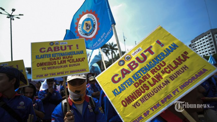 Sembilan Alasan Buruh Tolak Omnibus Law