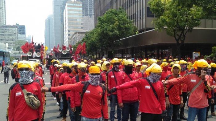 Massa Aksi Gerakan Indonesia Memanggil Siap Long March