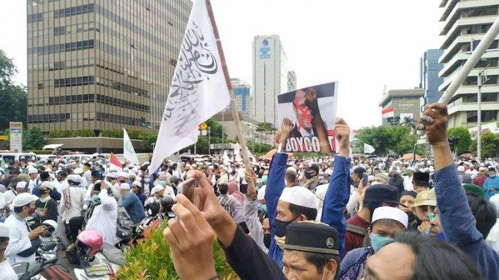 Massa Aksi Kecam Macron dan Minta Usir Dubes Prancis