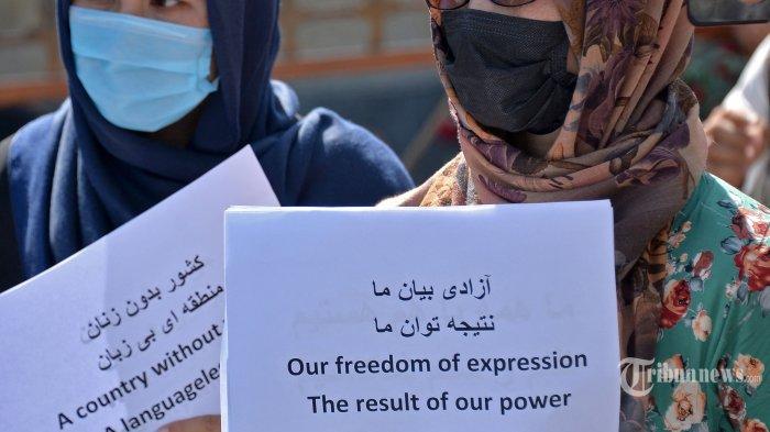 Berita Foto : Peristiwa Langka Protes Perempuan Afghanistan