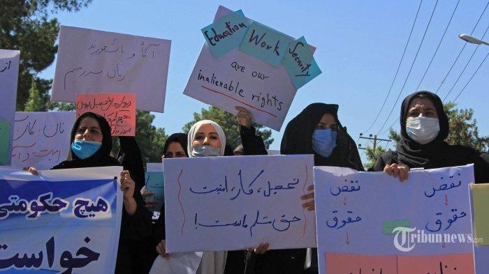 Milisi Taliban Tembak Mati Ibu Rumah Tangga yang Demo Hak-hak Perempuan