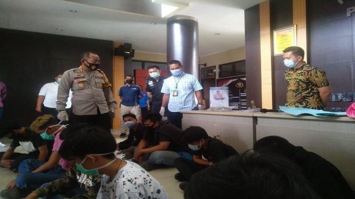 Rusak Kendaraan Polisi saat Demo Tolak Omnibus Law, Pelajar di Palembang: Saya hanya Ikut-ikut Saja