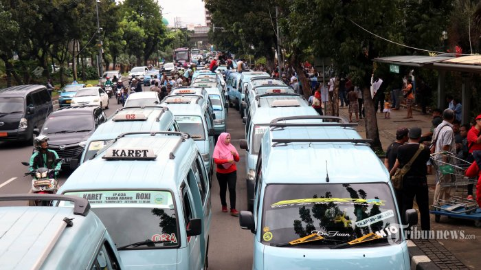Sandiaga Uno Upayakan Kembalikan Fungsi Angkutan Umum di Kawasan Tanah Abang