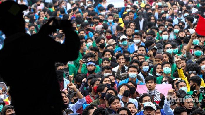 Aksi Demo Mahasiswa Tolak UU Cipta Kerja Buat Pengusaha Heran: Mereka kan Butuh Kerja