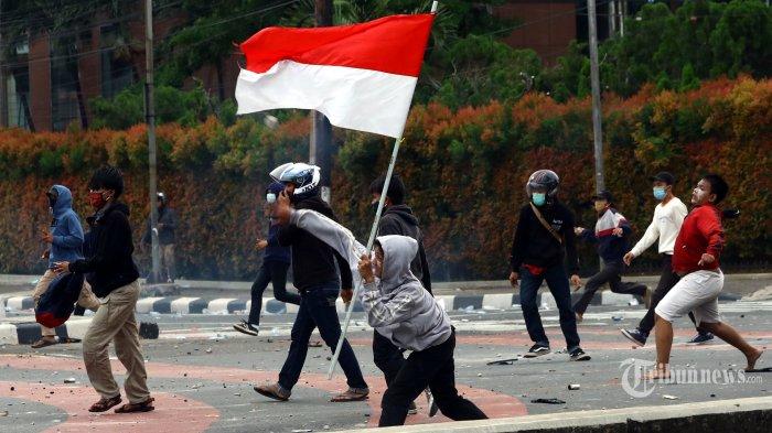Busyro Muqoddas: Kegaduhan Politik dan Kerusuhan Politik Saat Ini Bersumber dari Istana dan DPR