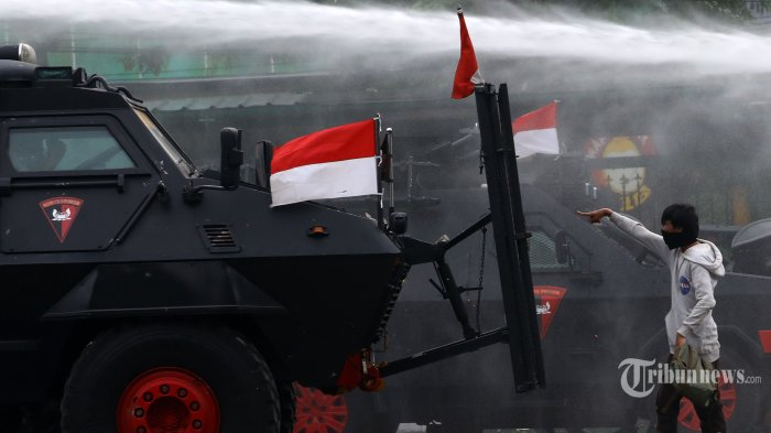 Adies Kadir Apresiasi Kinerja TNI – Polri Amankan Situasi dan Kendalikan Aksi Unjuk Rasa