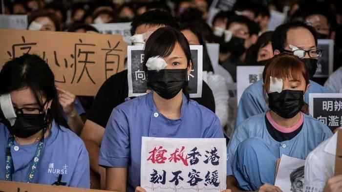 WNI Ditahan, Lalu Dideportasi dari Hong Kong Gara-gara Menulis Soal Demonstrasi