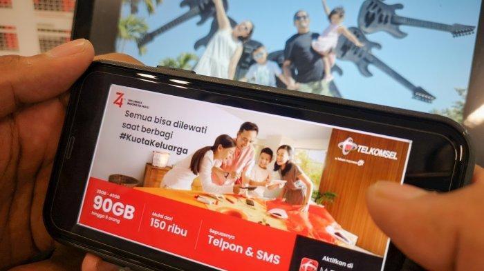 Dengan Kuota Keluarga pelanggan akan mendapatkan pengalaman berinternet hingga 90GB per bulan di semua jaringan baik 2G, 3G hingga 4G. Kuota Keluarga terbagi dalam tiga jenis paket Kuota Keluarga yang ditawarkan Telkomsel yaitu paket Kuota Keluarga Lite, Kuota Keluarga Advance dan Kuota Keluarga Ultimate.