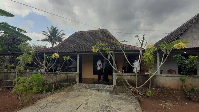 Rumah Penjual Pakaian di Gunungkidul Digeledah Densus 88, Sejumlah Benda Diamankan
