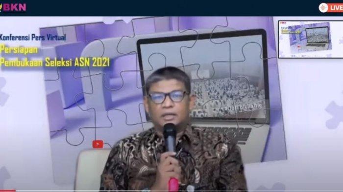 Deputi Bidang Sistem Informasi Kepegawaian BKN Suharman  cpns