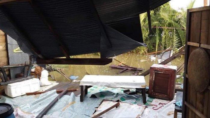 Angin Puting Beliung Terjang Pemukiman Warga di Kutai Kartanegara
