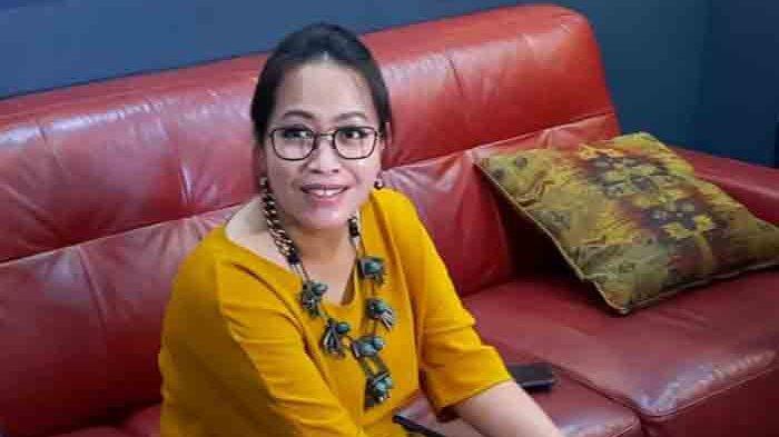 Vera Anggraini desainer dari baju pernikahan akad nikah Atta dan Aurel, saat ditemui di kawasan Panglima Polim, Jakarta Selatan, Rabu (31/3/2021).