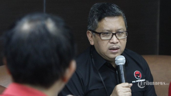 Syukuran Bareng ABJ, Sekjen PDIP Minta Relawan Tetap Kawal Jokowi-Maruf