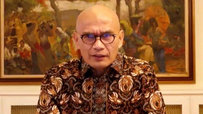 Duta Besar (Dubes) Indonesia untuk Inggris, Desra Percaya saat memberikan pernyataan terkait dipaksa mundur TImnas Indonesia di ajang All England 2021 secara daring, Kamis (18/3/2021).