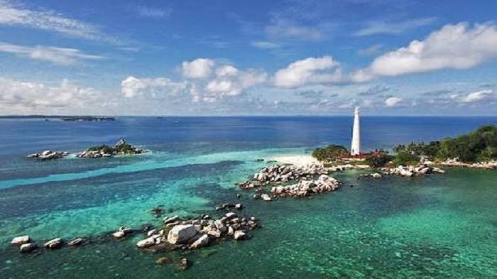 """Belitong diusulkan menjadi Geopark International,"""" ujar Larasati, PIC Destinasi Tanjung Kelayang Pokja Percepatan 10 Bali Baru Kemenpar, Kamis, 13 Oktober 2016."""