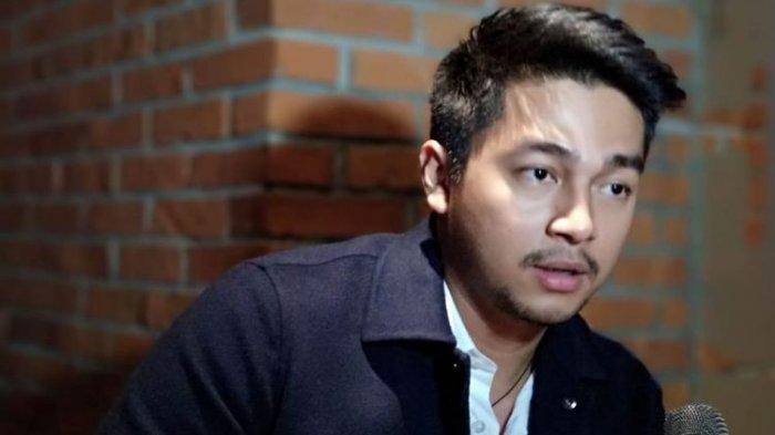 Tak Lagi Tutupi Hubungannya dengan Mikha Tambayong, Deva Mahenra: Ini di Luar Dugaan