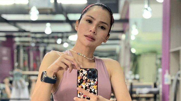 Belum Berpikir Tambah Momongan, Devi Lanni Demplon Berusaha Agar Karyawannya Jangan Sampai di-PHK