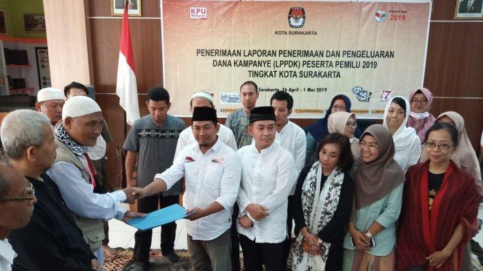 Datangi Kantor KPU Solo, DSKS Sampaikan Tuntutan Soal Indikasi Kecurangan Pemilu 2019