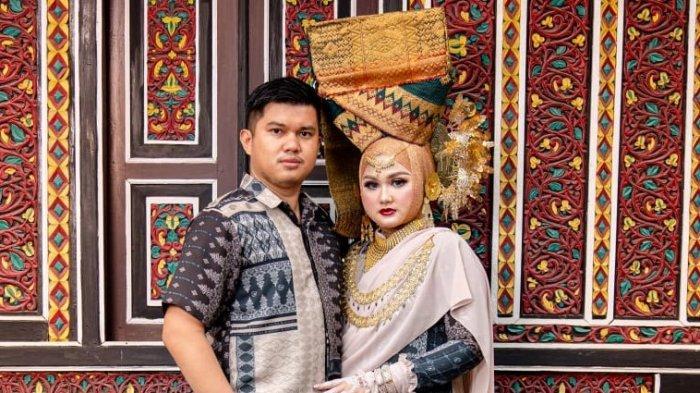 Dewi Permata Sari0012
