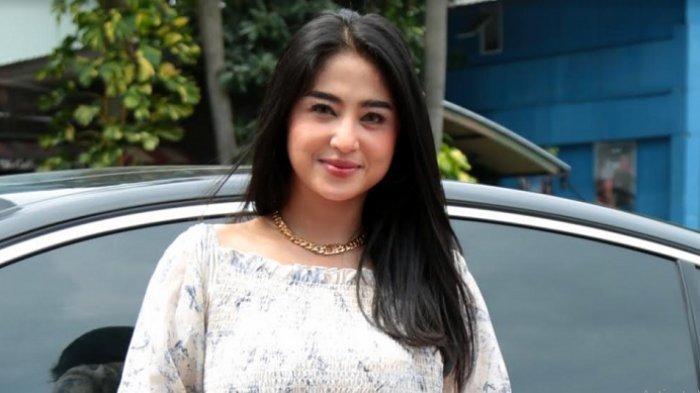 Tanggapi Pengakuan Aldi Taher Sebagai Ustaz, Dewi Perssik: Ya Semoga Alim Beneran