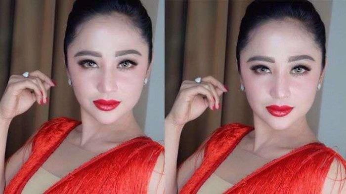 Dewi Perssik Mendadak Pingsan Saat Syuting Pesbukers, Bikin Eko Patrio Panik