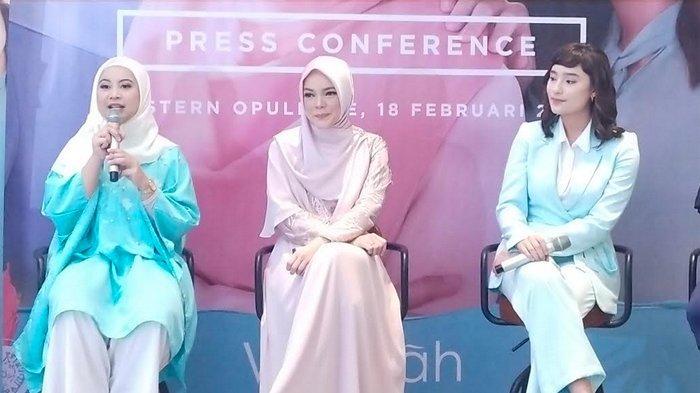 Dewi Sandra dan Tatjana Saphira Suka Satu Buku yang Sama, di Lokasi Syuting Jadi Bahan Diskusi