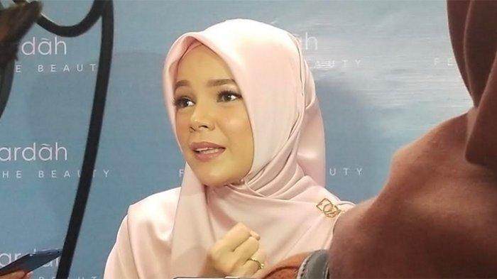 Dewi Sandra Lebih Banyak Bersyukur Diberi Kesehatan, Ingin Menebar Kebaikan Selama Ramadan2021