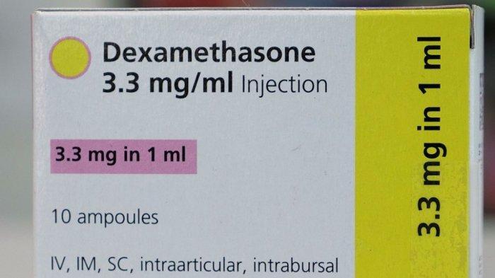 Satu kotak obat injeksi dexamethasone dipotret di sebuah toko kimia di London pada 16 Juni 2020. dexamethasone pada hari Selasa diperlihatkan sebagai obat pertama yang secara signifikan mengurangi risiko kematian di antara kasus COVID-19 yang parah, dalam hasil percobaan dipuji sebagai