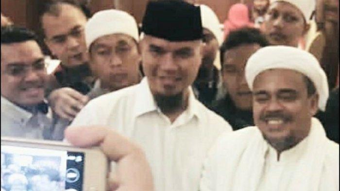 Ahmad Dhani Pajang Foto Rizieq Shihab, Tulis Ahlan Wa Sahlan Ya Habibana untuk Imam Besar FPI