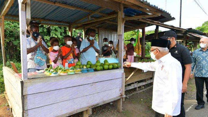 Kepada Wapres Ma'ruf, Mama Papua Ini Minta Dibuatkan Kios hingga Diberikan Dana Usaha