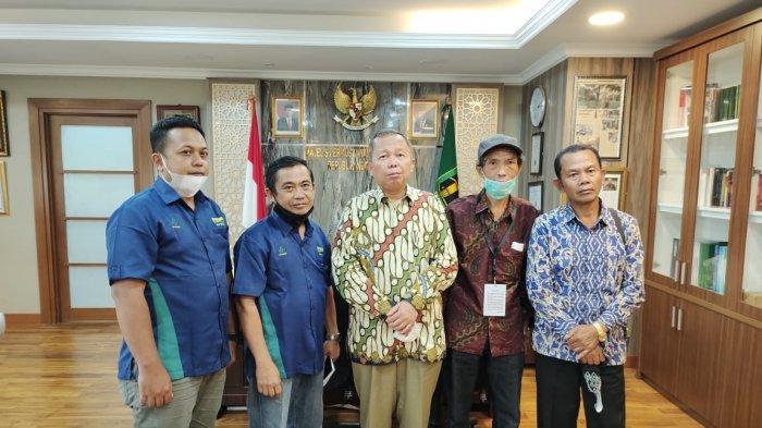 Pimpinan MPR Dukung Pemerintah Bentuk Roadmap IHT yangBerkeadilan