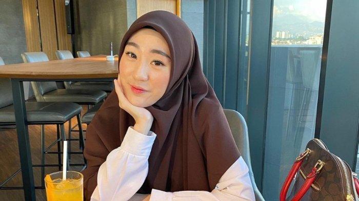 Masa Iddah Larissa Chou Belum Selesai, sang Guru Ungkap Ada 159 Pria Ajak Mantan Alvin Faiz Taaruf